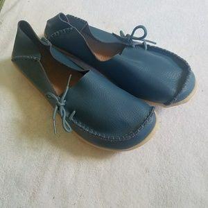 Blue Fantiny shoes- size 11, size 44 Euro sizes